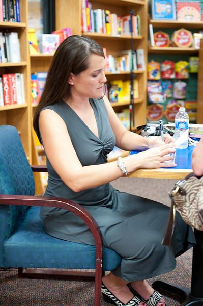 Kelli Book Signing www.nemecphotos.com