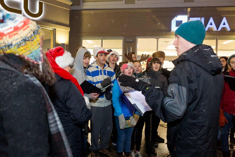 Orono-Festival-of-Lights-031.jpg