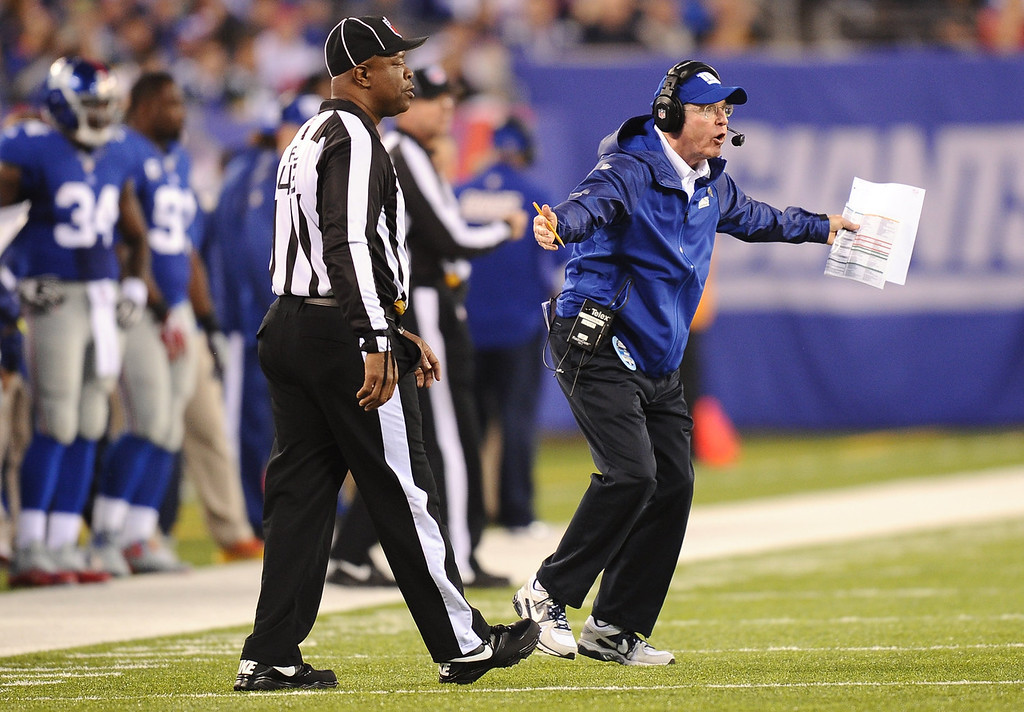 . New York Giants head coach Tom Coughlin directs his team during the first half against the Green Bay Packers at MetLife Stadium on November 17, 2013 in East Rutherford, New Jersey.  (Photo by Maddie Meyer/Getty Images)