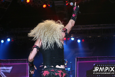 09-TwistedSister-Rocklahoma