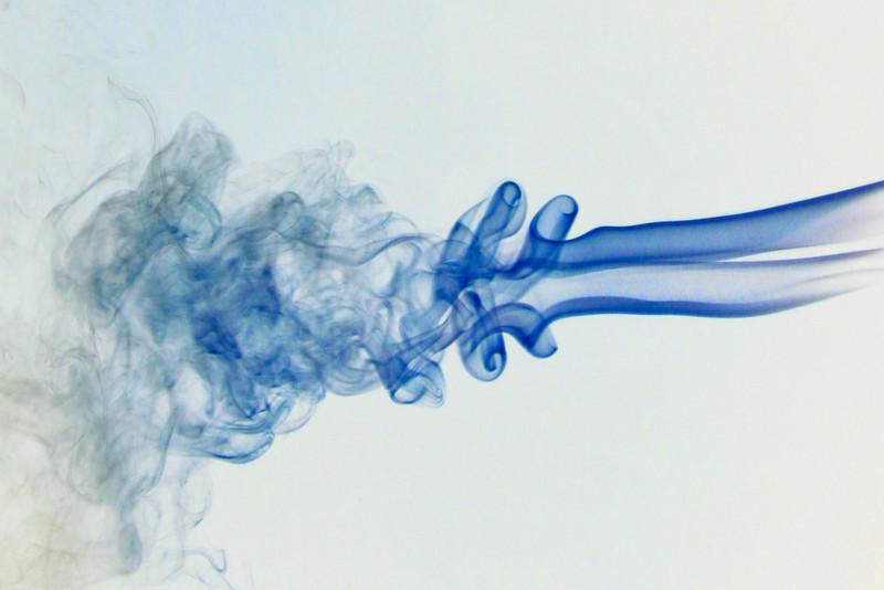 Smoke Trails 5~8738-1ni.