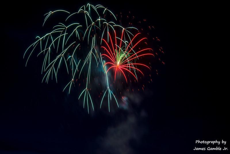 Fourth-of-July-Fireworks-2016-0348.jpg