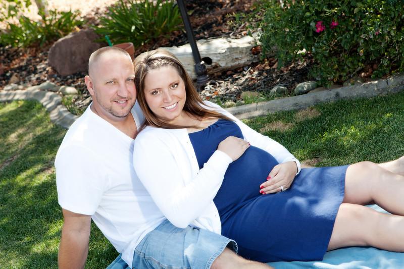 1R-Eli_Maternity_12_0813_023.jpg
