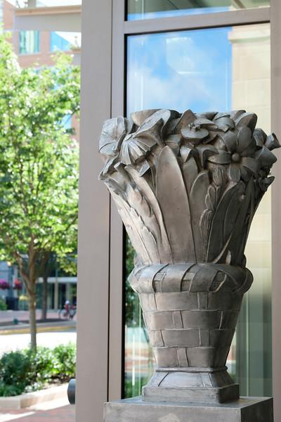 07-Baskets-of-Flowers-003-Charlotte-Geary.JPG