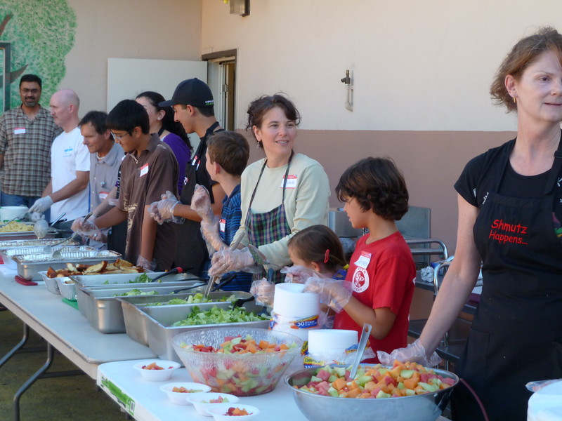 abrahamic-alliance-international-abrahamic-reunion-community-service-gilroy-2010-07-18_17-45-46.jpg