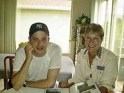 99-06-05 Chris, Lara, Sue