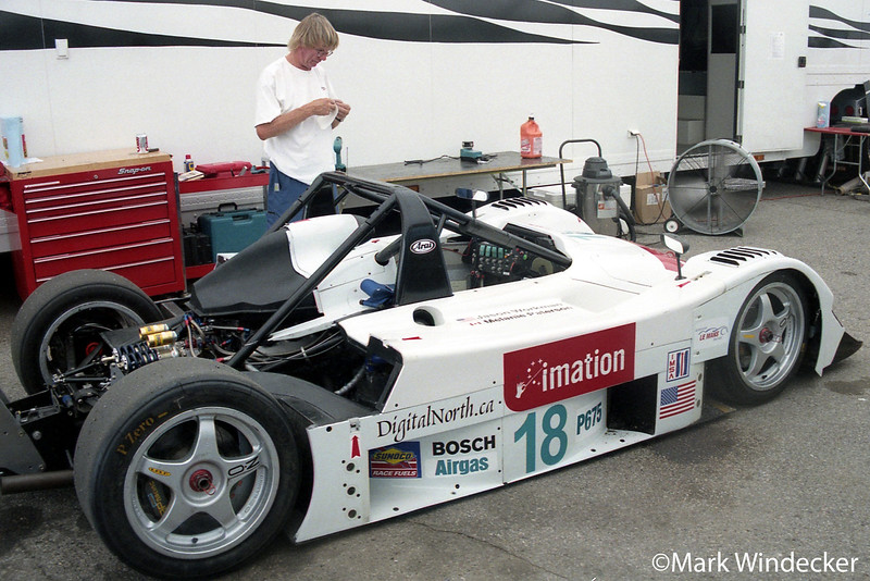 LMP675-Essex Racing