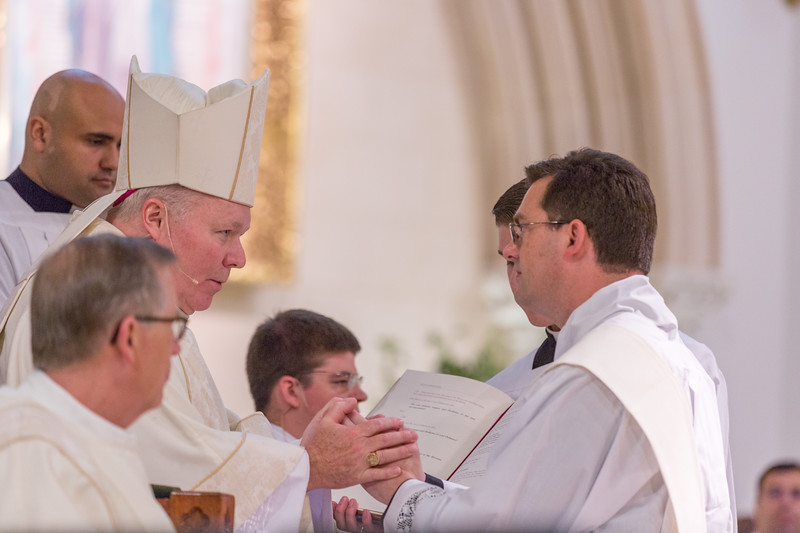 Priest ordination-6259.jpg