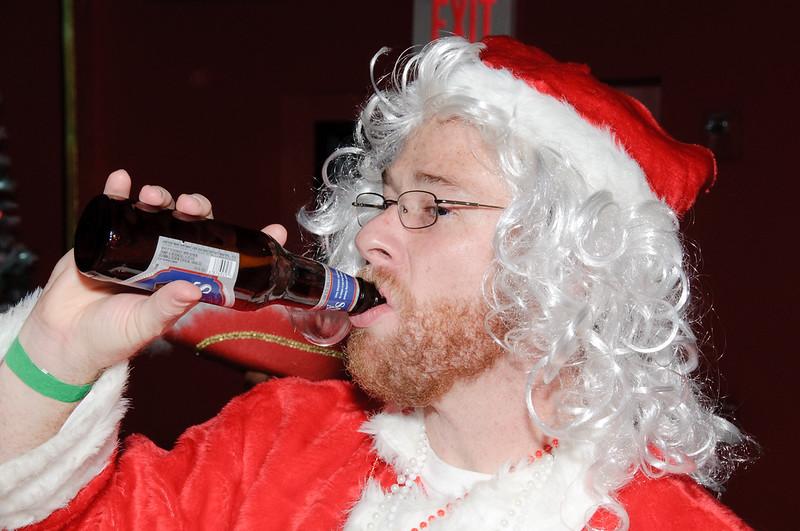 2009 ALS Santa Crawl-193.jpg
