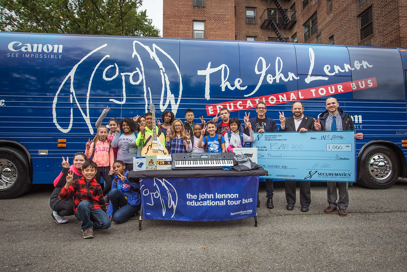 2016_10_05, Brian Rothchild, Council Member Rory Lancman, Flushing, Gear Donation, New York, NY, PS/MS 200