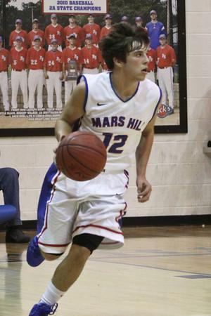 2013-14VarBoysBasketball