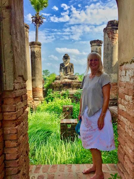 Horse & Buggy Tour of Ava: A car & 2 ferry rides away, Mandalay