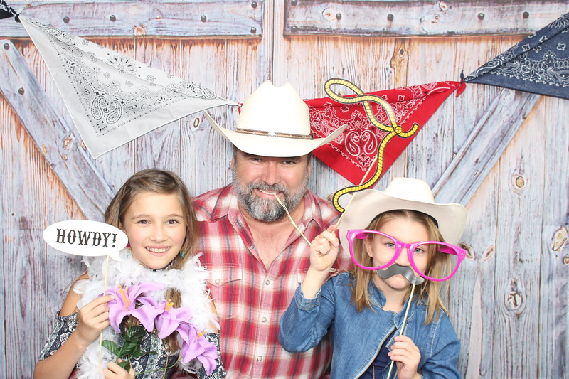 Round_Meadow_Father_Daughter_Dance_2017_Individuals_ (40).JPG