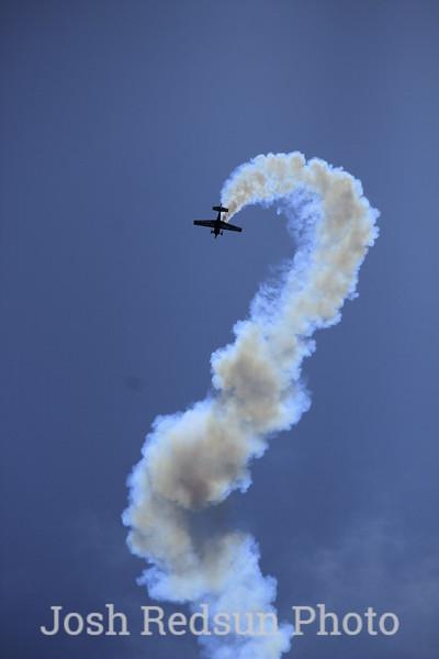 Stunt airplane