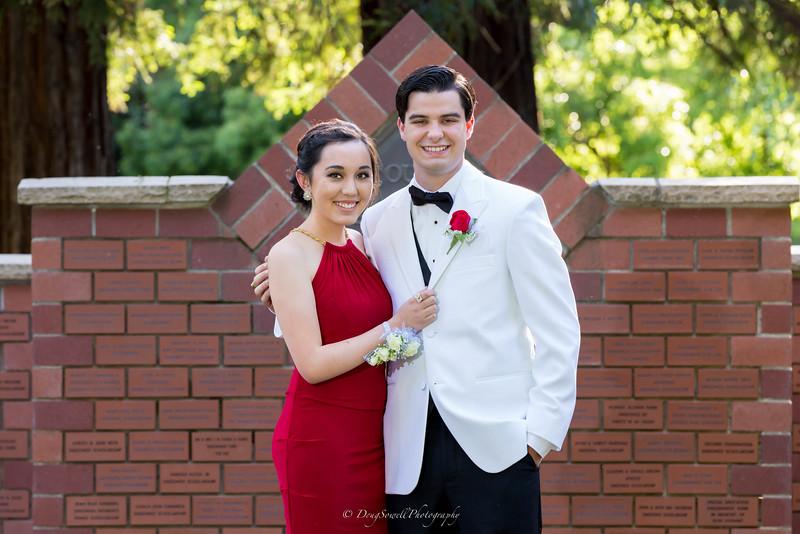 2015-4-25_UOP_Prom-57.jpg