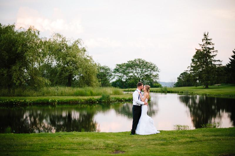 skylar_and_corey_tyoga_country_club_wedding_image-853.jpg
