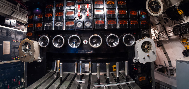 Maneuvering controls, U.S.S. Drum, Mobile, Alabama, 2004