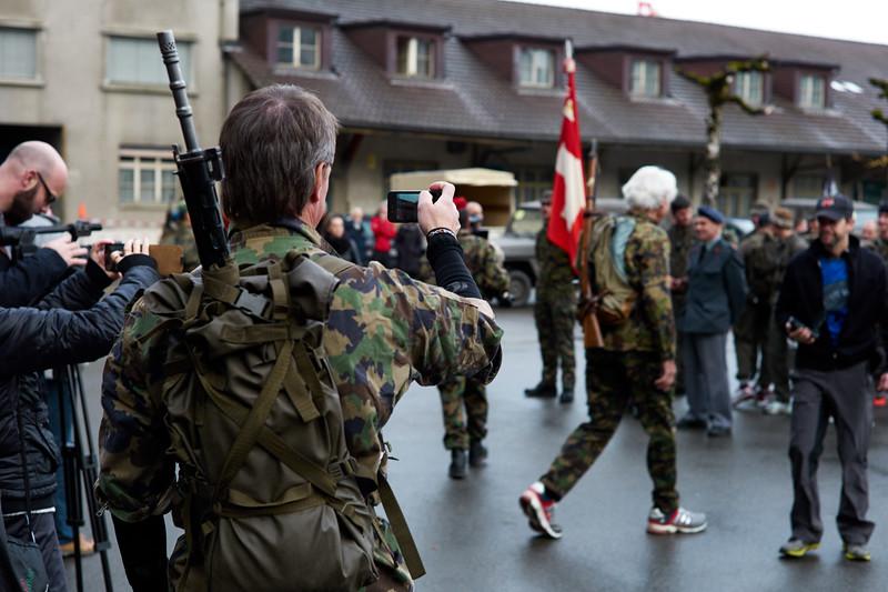 Vorbereitungen.  »Der Frauenfelder«. Frauenfeld – Wil – Frauenfeld. Schweiz, 16. November 2014.