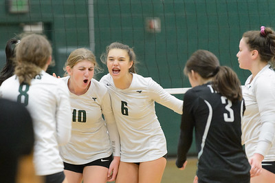 Tigard HS JV Volleyball vs Lake Oswego