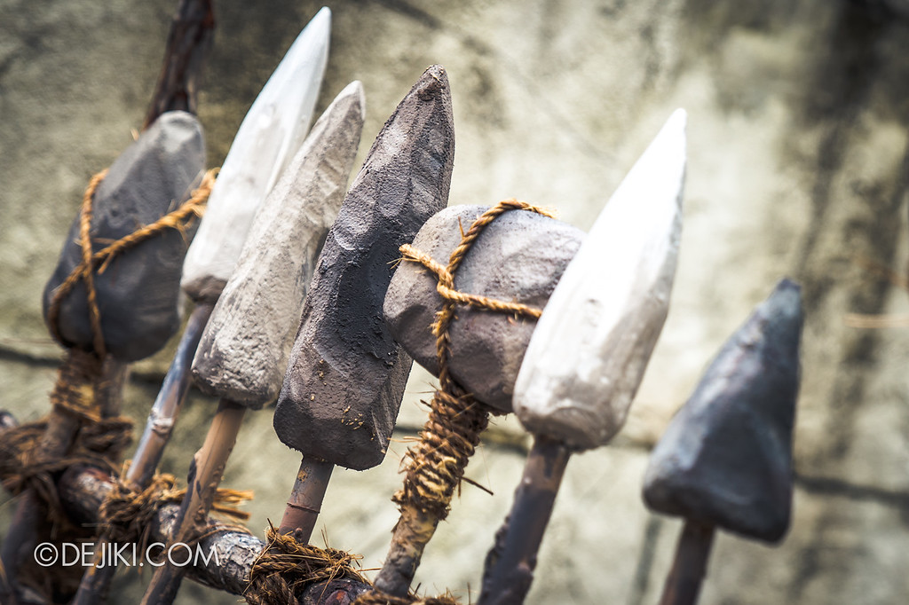 Universal Studios Singapore Halloween Horror Nights 8 Before Dark update - CANNIBAL scare zone / Stone weaponry