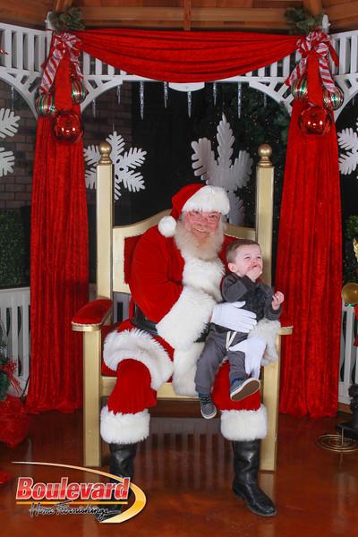 Santa 12-10-16-77.jpg