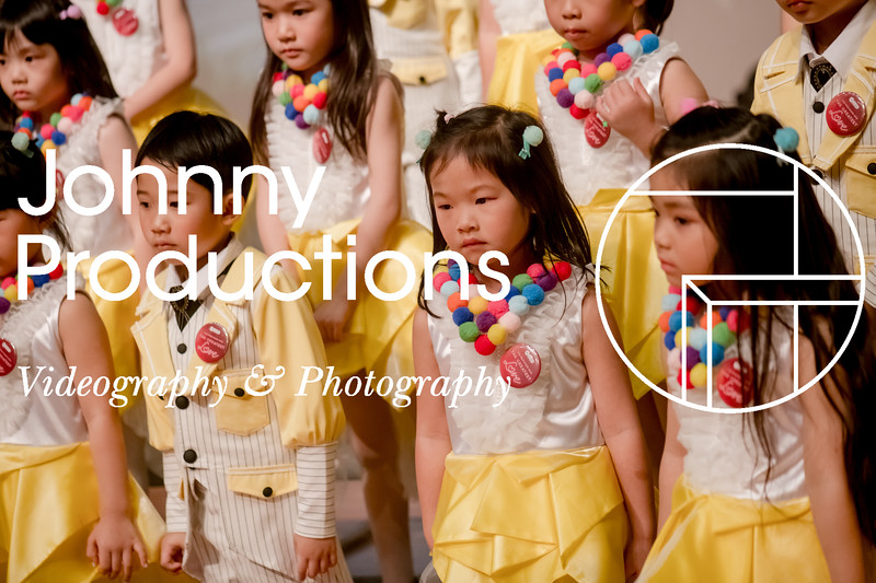 0003_day 2_yellow shield_johnnyproductions.jpg