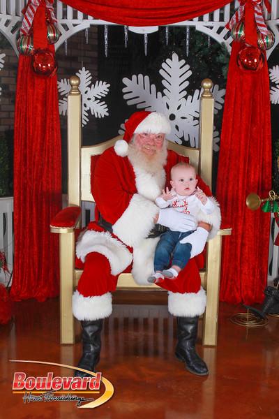 Santa 12-10-16-250.jpg