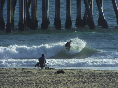 10/1/19 DAILY SURFING PHOTOS * H.B. PIER * AFTERNOON SESSION