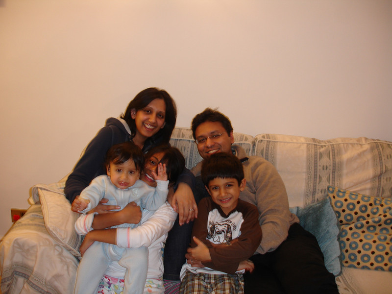 swati and kids in London 2008 125.JPG
