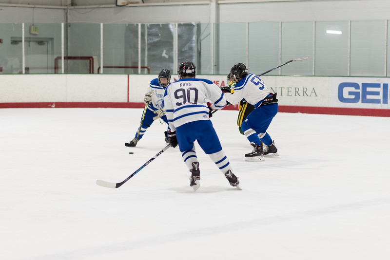 Howard Ice Hockey-341.jpg