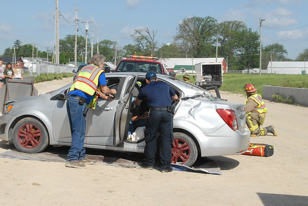 05-18-17 NEWS Defiance mock crash
