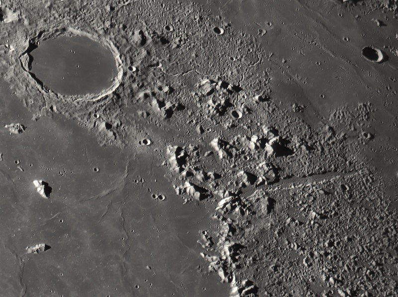 conv_MS-Moon_053443_g4_b3_ap141.jpg