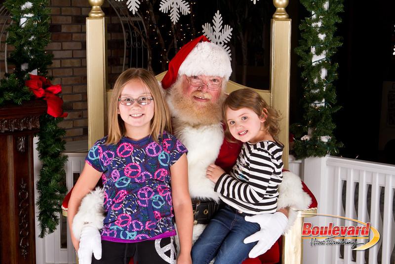 Santa Dec 8-42.jpg