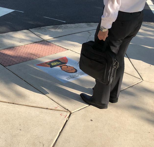 GoG amnesty sidewalk 1500-70-0290.jpg
