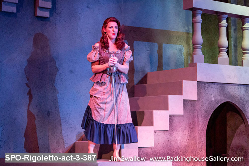 SPO-Rigoletto-act-3-387.jpg