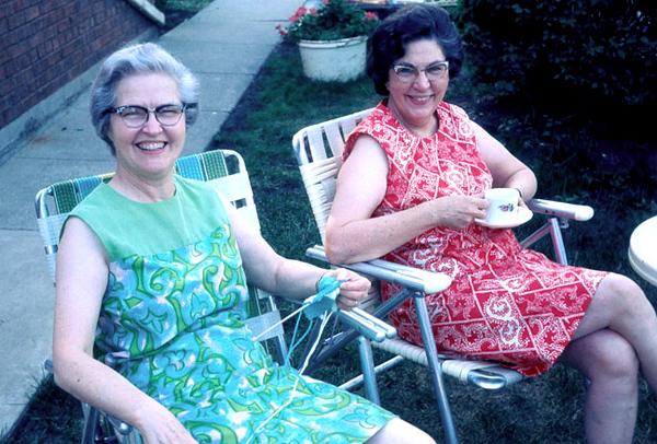 Aunt Gladys and Mom .jpg