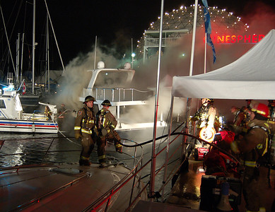 September 12, 2006 - Boat Fire - Ontario Place