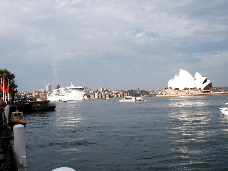 51. Views from Circular Quay.JPG
