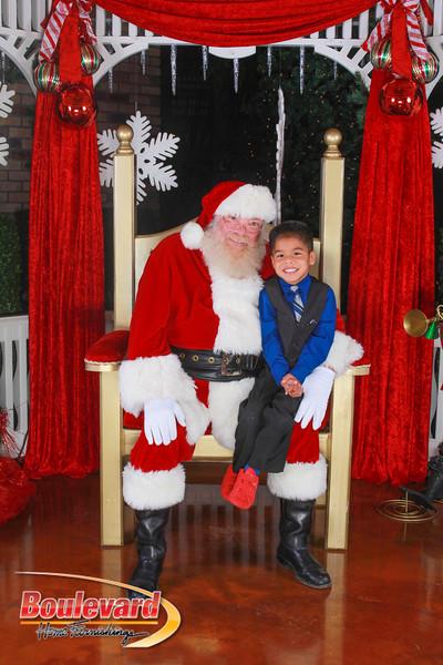 Santa 12-10-16-154.jpg