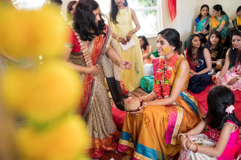 Hina_Pithi_Pooja-205.jpg