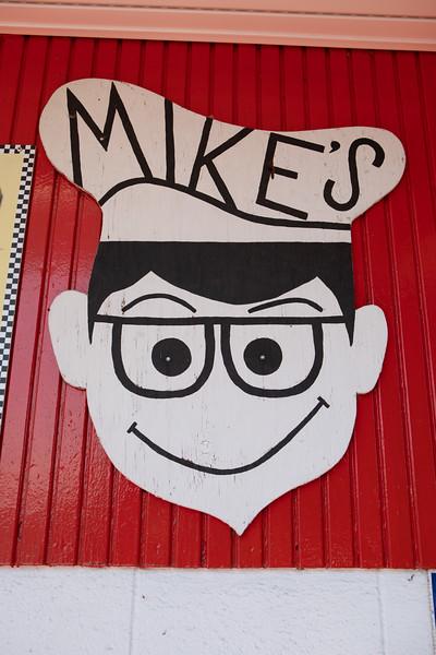 Mikes-1103.jpg
