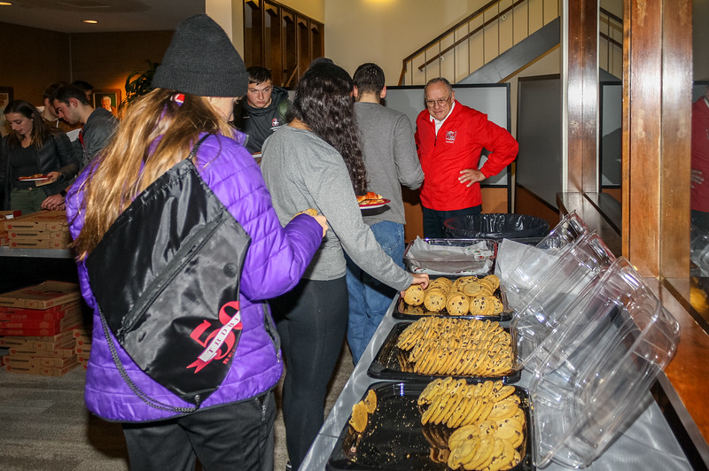181205_Pizza Party_018.jpg