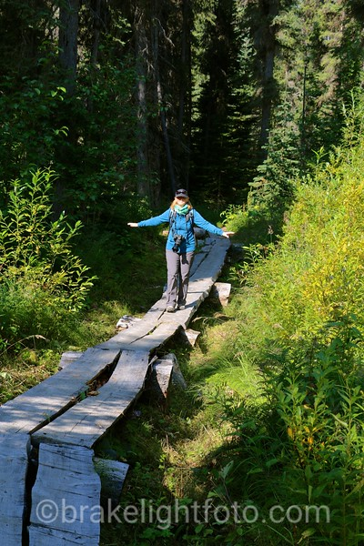 Natadesleen Lake Hiking Trail