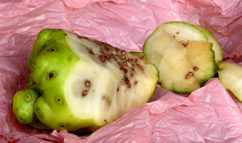 Noni fruit inside