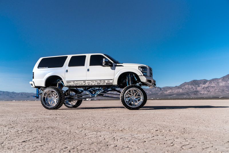 @lady_luck_excursion v.2 2016 @Ford Excursion Conversion 30x16 #GENESIS CONCAVE 42x16.5r30 @FuryOffroadTires-10.jpg