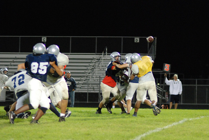 blue and silver scrimmage 080.JPG