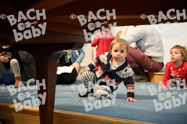 ©Bach to Baby 2017_Stuart Castle_Sevenoaks_2017-12-19-30.jpg