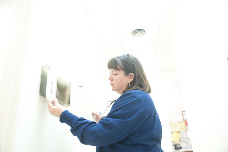 12_14_10_st_ann_clinic-00065.jpg