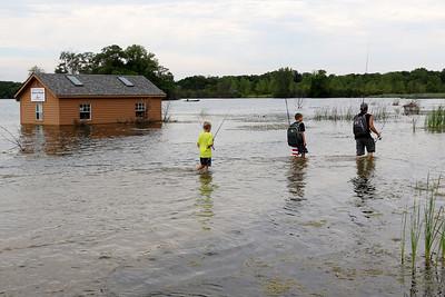072120 Three Oaks Underwater (MA)