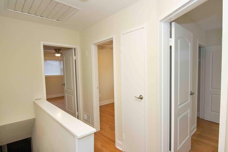 upstairs hall_MG_2717 for web.jpg